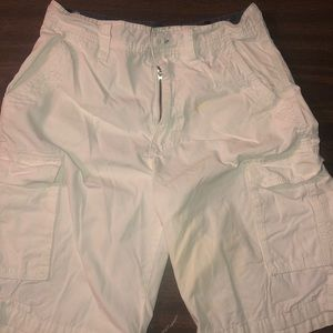 Airwalk men's white cargo shorts. Great condition